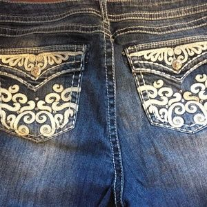 torrid Jeans - TORRID WOMENS DISTRESSED Blue Wash Stretch BootCut